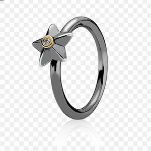 Pandora Stella Star Ring